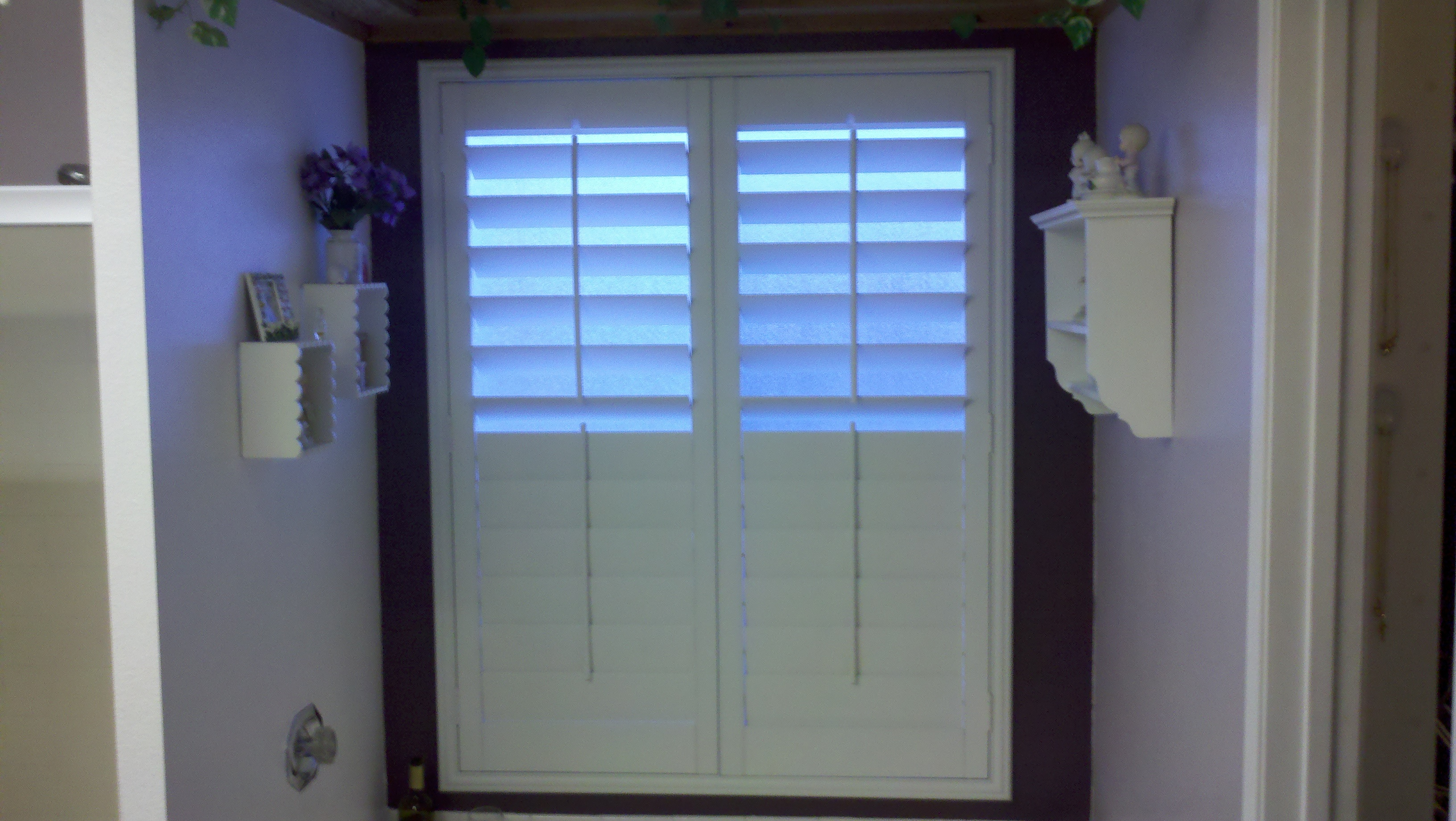 Plantation shutters il ca superior view shutters for 12 window shutters