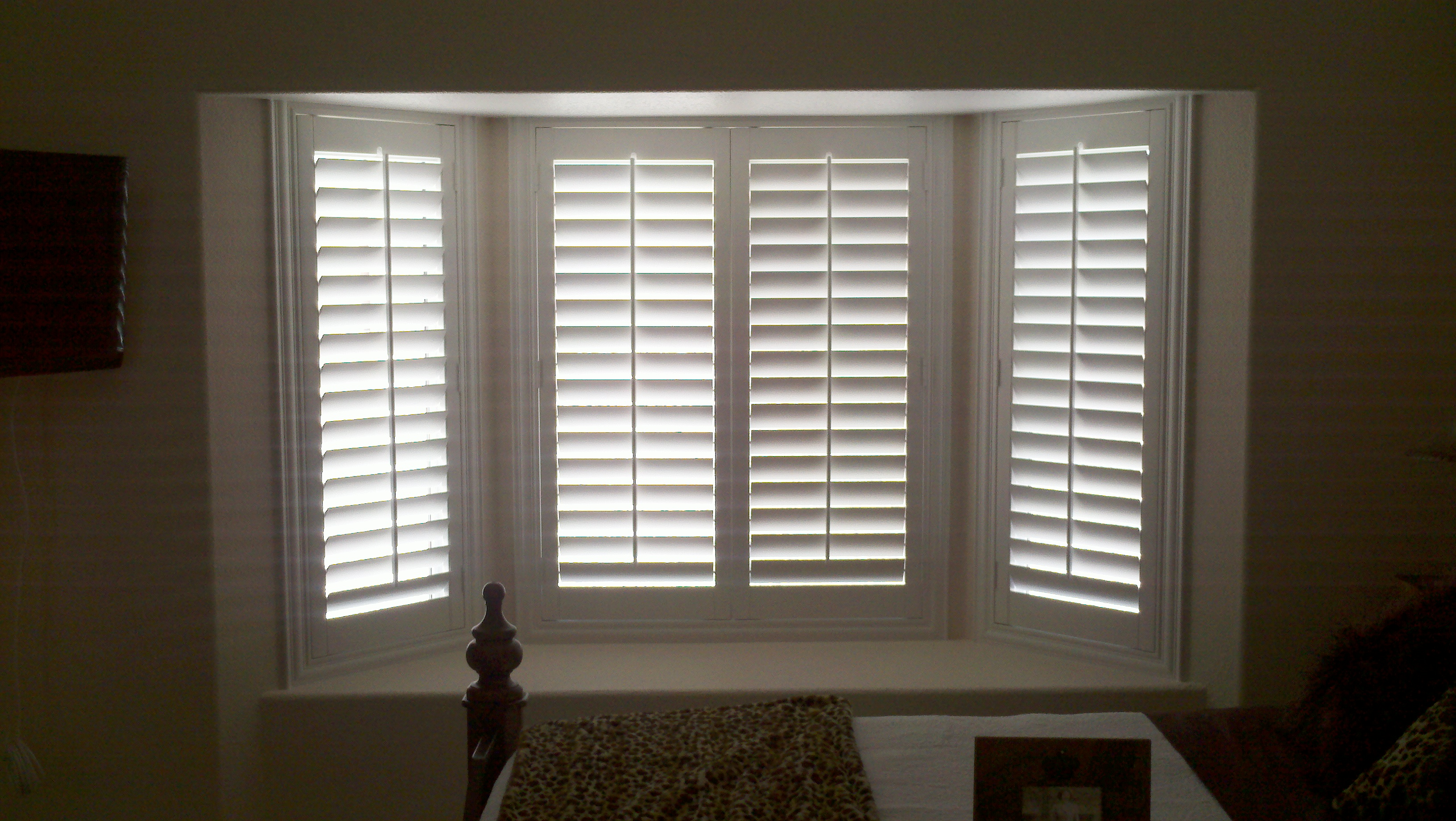 Plantation shutters il ca superior view shutters for Window shutters